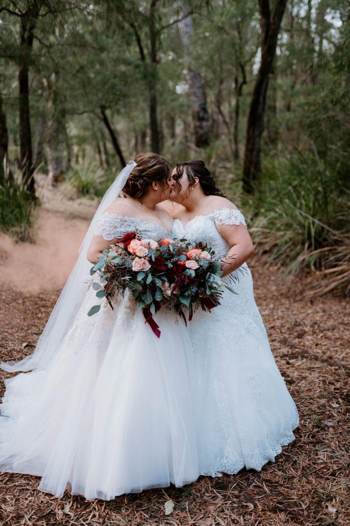 Stonebarn Weddings Krystal & Catlin